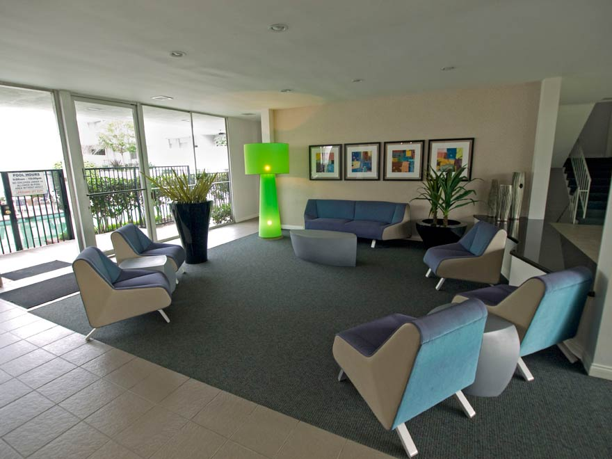 Torrance Venture Apartments Photo Gallery Of Apartment Building In
